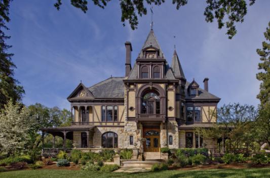 Beringer Vineyard's Rhine House