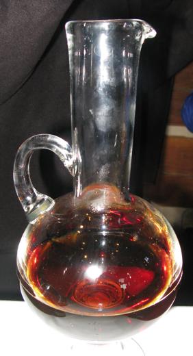 Deep copper colour of 1999 Vidal Icewine