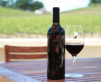 181 Merlot Lodi by Delicate Vineyards