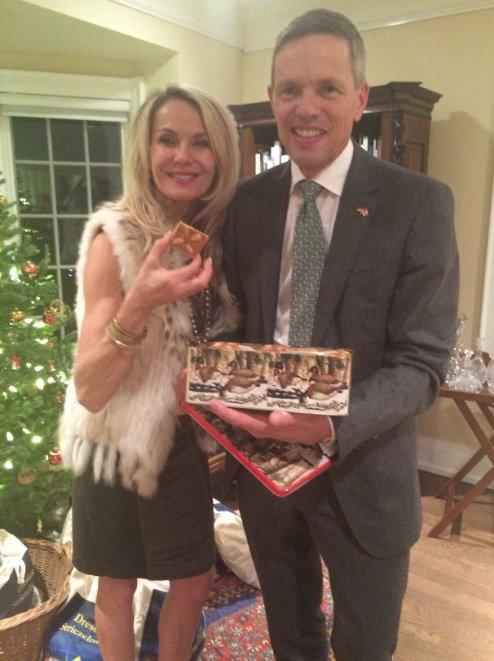 I recently attended a delightful reception at the beautiful home of the German Consul, Mr. Walter Stechel. Here we share an authentic homemade German cookie he made himself.