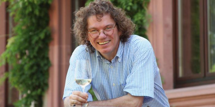 Erni Loosen, Award winning winemaker of Weingut Dr. Loosen