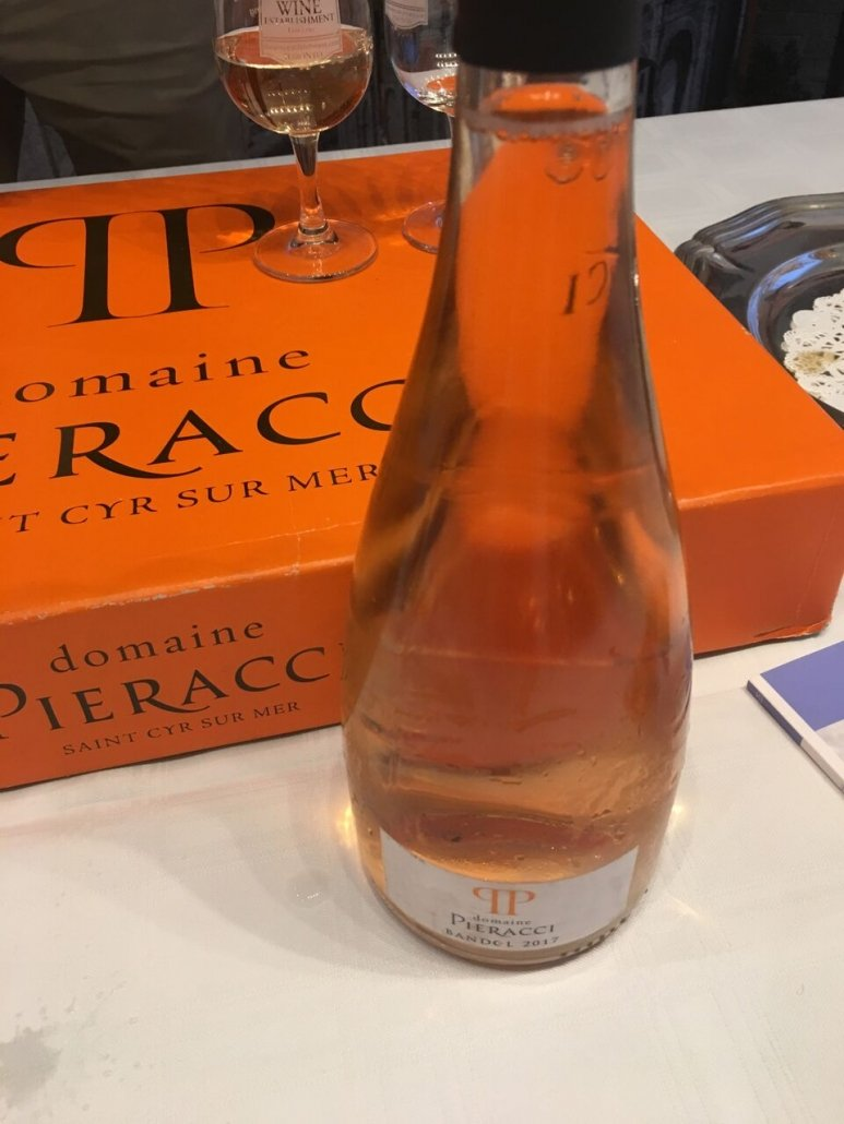 Domaine Pieracci,Gourmet rosé with light and orange color. Fine and long wine in the mouth, with citrus flavors.