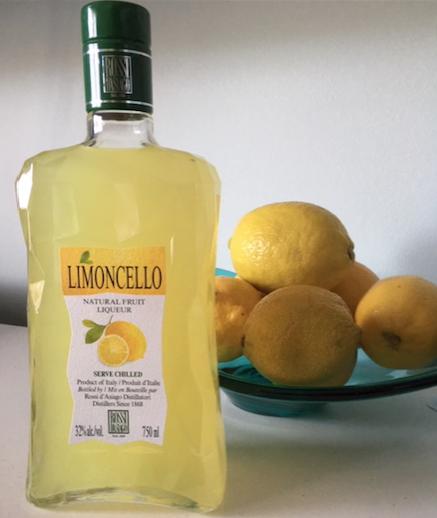 Limoncello with lemons